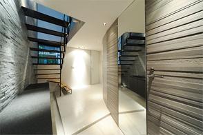 Entrance・Step(玄関・ステップ)